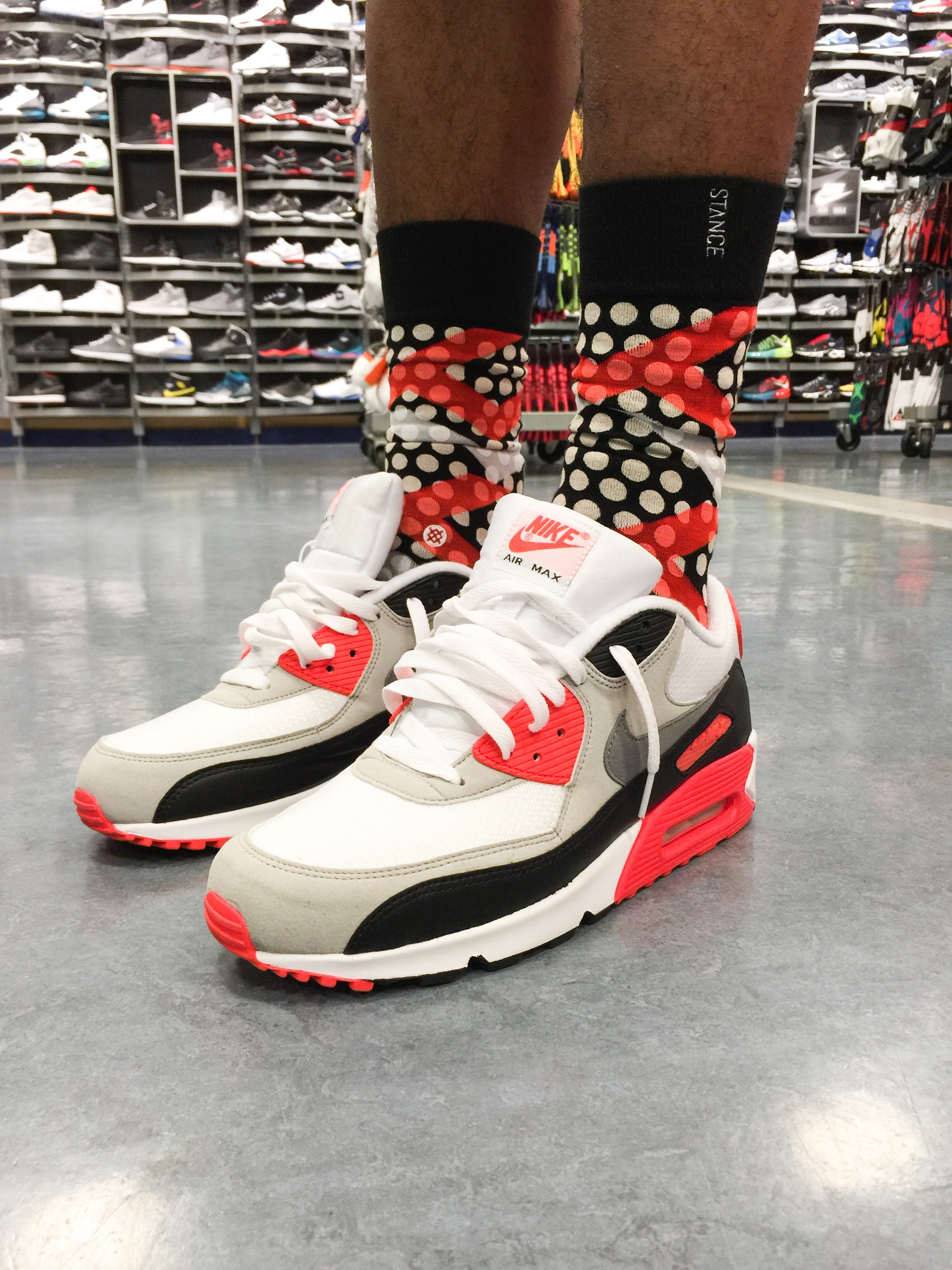 """421767f075 Nike Celebrates Air Max 90 by Releasing the """"Infrared"""" Colorway on its 25th  anniversary!"""